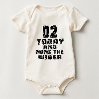 02 vandaag en niets Wijzer Baby Shirt