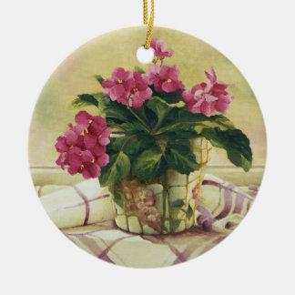 0511 Afrikaanse Viooltjes in de Planter van het Rond Keramisch Ornament