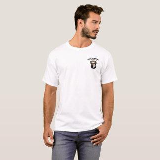 "101ste ""Gillend Eagles In de lucht "" T Shirt"