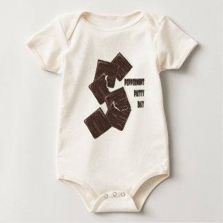 11 Februari - de Dag van het Pasteitje van de Baby Shirt