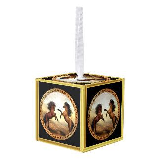 1 gouden lijstpaarden kubus ornament