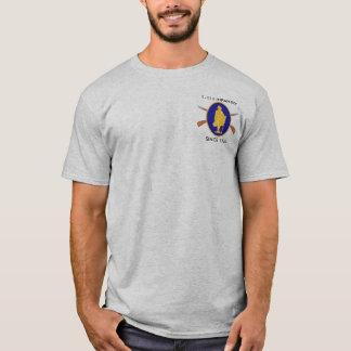 1st Bataljon, de 111ste T-shirt van de Infanterie