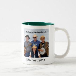2014 de bejaarde Broers verbinden HerdenkingsMok Tweekleurige Koffiemok
