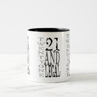21 eenentwintig Wettelijke Drinkde Eenentwintig Tweekleurige Koffiemok