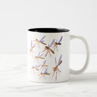 3d Muggen - de Jacht van het Insect Tweekleurige Koffiemok
