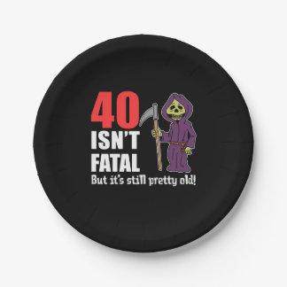 40 is de geen Fatale maar nog Oude Onverbiddelijke Papieren Bordje