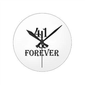 41 en voor altijd het Design van de Verjaardag Ronde Klok