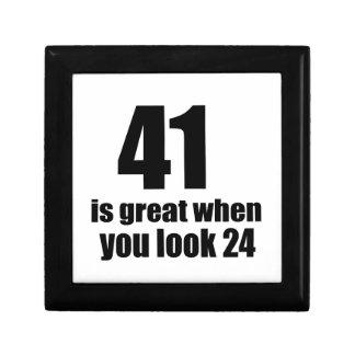 41 is Groot wanneer u Verjaardag kijkt Decoratiedoosje