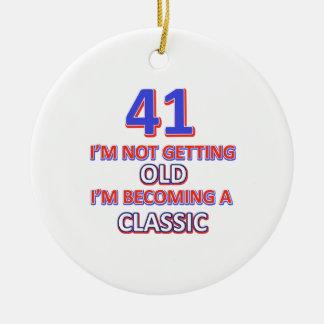 41 verjaardagsdesign rond keramisch ornament