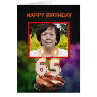 65ste Verjaardag met cake en kaarsen Wenskaart