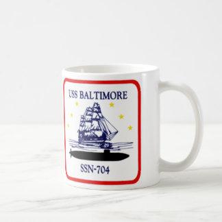 704-Insignia_of_SSN-704_Baltimore Koffiemok