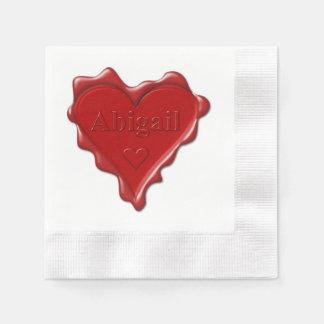 Abigail. De rode verbinding van de hartwas met Wegwerp Servetten