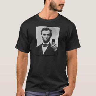 Abraham Lincoln met de Telefoon van de Cel T Shirt