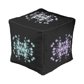 Abstracte Bloemen Grafische Zwarte Blauwe Paarse Vierkant Zitkussen