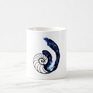 Achtergrond van het Tattoo van Cosima de Wees Koffiemok
