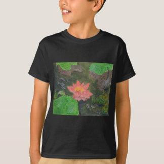 Acryl op canvas, roze waterlily en groene bladeren t shirt