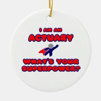 Actuaris. Wat is Uw Grootmacht? Rond Keramisch Ornament