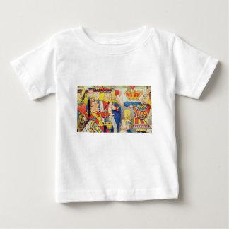 Alice en de Koningin van Harten Baby T Shirts
