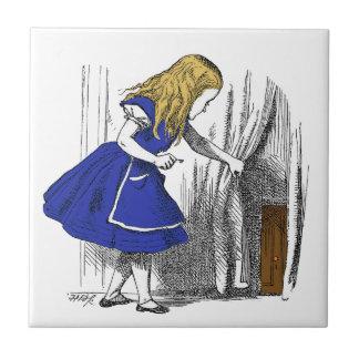 Alice in Sprookjesland - de Kleine Deur Keramisch Tegeltje