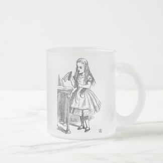 Alice in Sprookjesland drink me berijpte koffiemok