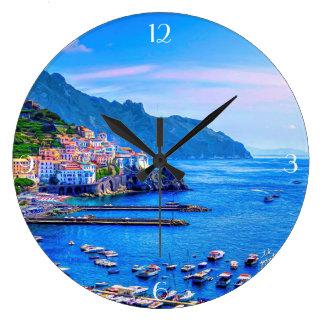 Amalfi Italië Europa het Kleurrijke Art. van de Grote Klok