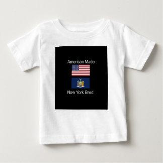 """""""Amerikaanse Geboren. Het New York Gekweekte"""" Baby T Shirts"""