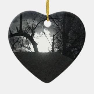 Angstaanjagende Ochtend Keramisch Hart Ornament