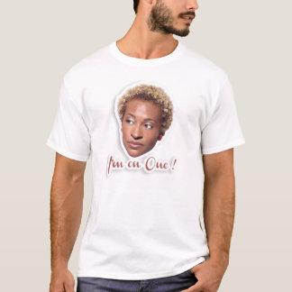 Anika is op t shirt