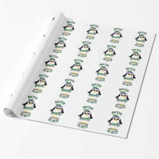 Arts op de Pinguïn van de Plicht (vrouw) Inpakpapier