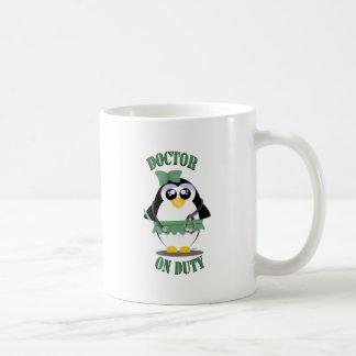 Arts op de Pinguïn van de Plicht (vrouw) Koffiemok