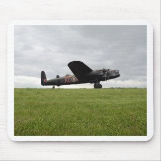 Avro Lancaster op The Field Muismat
