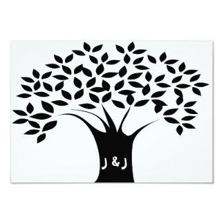 B&W de Uitnodigingen van het Huwelijk van de boom