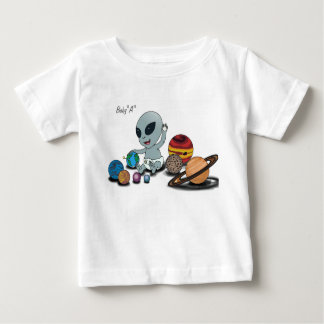"Baby ""A"", het Spelen w/Planets Baby T Shirts"