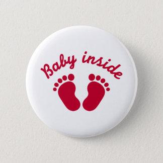 Baby binnen voeten ronde button 5,7 cm