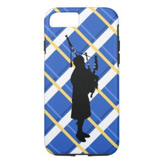 Bagpiper van het geruite Schotse wollen stof het iPhone 7 Hoesje