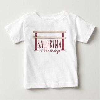 Ballerina in de Opleiding van de Danser van de Baby T Shirts