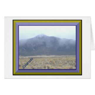 Berg in het Wenskaart van Wolken