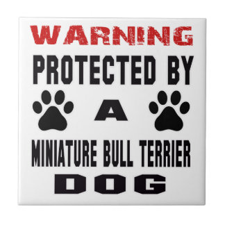 Beschermd door een MiniatuurHond van Bull terrier Tegeltje Vierkant Small