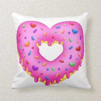Bestrooit de Roze Doughnut van het hart met Sierkussen