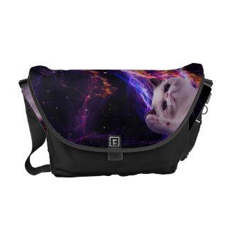 Beteken knorrige kat in ruimte messenger bag
