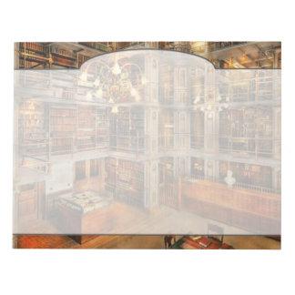 Bibliotheek - een literaire schrijver uit de kladblok