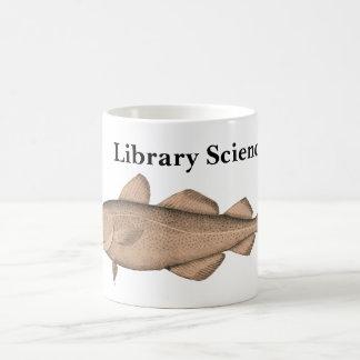 Bibliotheek Sciencer met de Mok van de Kabeljauw