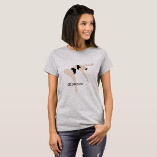 Bij het Overhemd van de Grijze Vrouwen van de Dans T Shirt