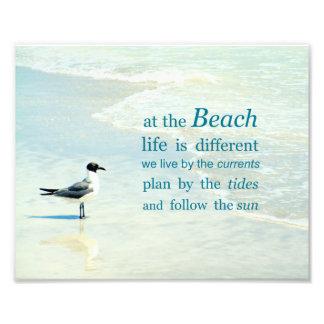 Bij het Strand is het Leven Verschillend Citaat Foto Afdruk