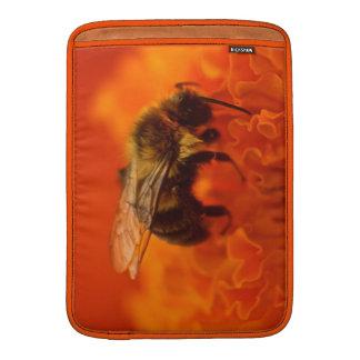 Bij op Oranje Bloem Beschermhoes Voor MacBook Air