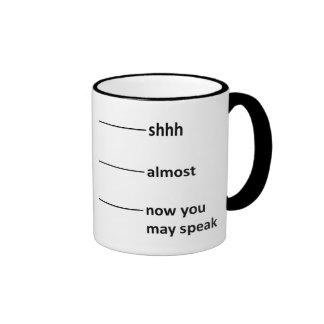 Bijna nu mag u Koffie spreken die Kop meten Koffie Bekers