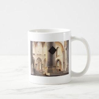 Binnenland van Grote Kerk in Haarlem Basic Witte Mok