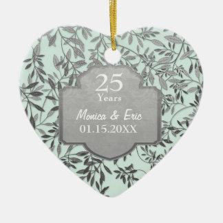 Bladeren van het Zilveren 25ste Jubileum van het H Keramisch Hart Ornament