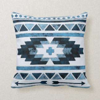 Blauwe Grunge Stammen Aztec Sierkussen