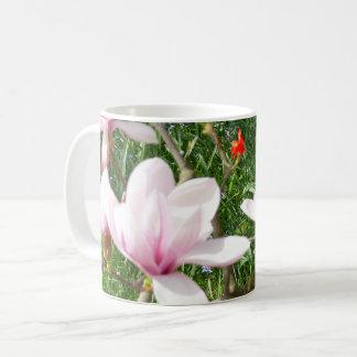 Bloeiende Roze Magnolia 01 Koffiemok